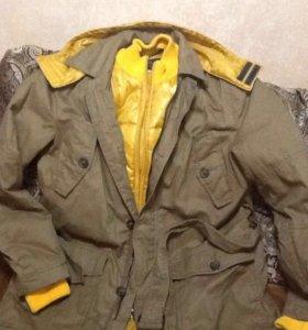 продается мужская куртка-парка
