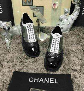 Туфли CHANEL серебро