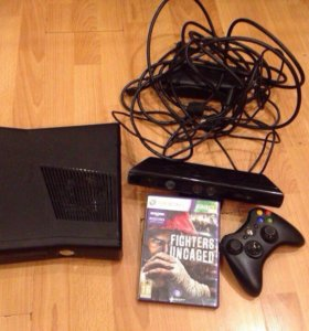 Xbox 360 + Kinect + джойстик + игра