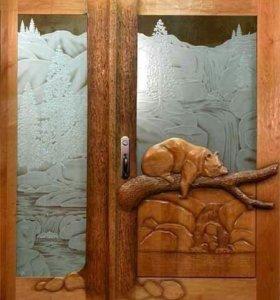 Двери резные из натурального дерева.