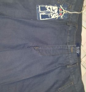 Весенние брюки из джинсы.Новые. Турция