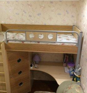 Кровать - чердак ( с матрасом)