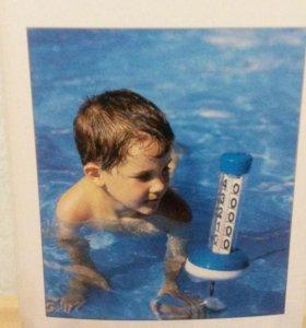 Оригинальный термометр - поплавок для бассейна