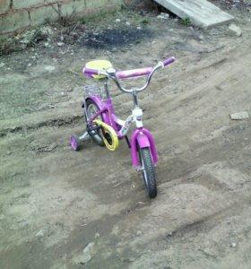 Велосипед детский в отличном состоянии.