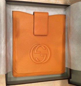 Кожаный чехол для iPad Gucci
