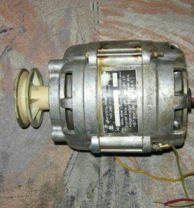 Двигатель асинхронный аве-071-4сухл4
