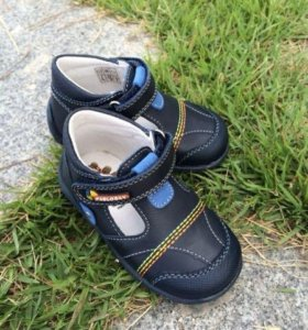 Ботиночки сандалики новые Pablosky