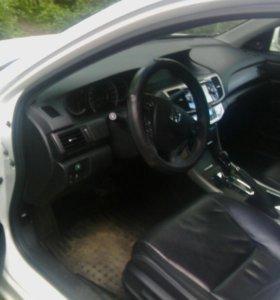 Honda Accord 2014 год