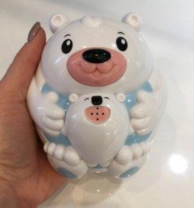 Игрушка для ванны мишка- фантанчик