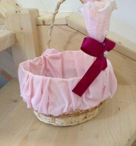Корзинка для лепестков роз на свадьбу
