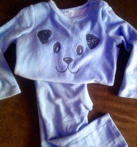 4костюма для девочки
