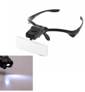 Оптический прибор с набором увеличительных линз