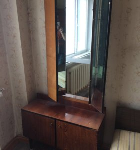 Тумба-зеркало (только самовывоз!, 5 этаж)