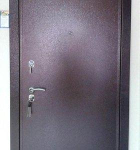 Дверь металическая (3Х контурная)
