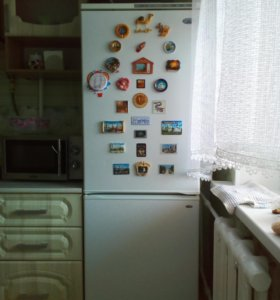 Продам холодильник Атлант б/у