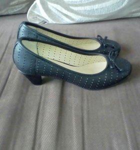 Туфли коженные новые