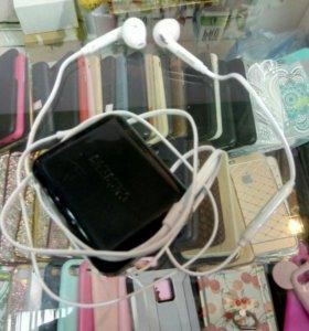 Наушники Samsung S7
