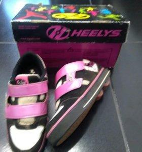 """Роликовые кроссовки """"Heelys"""""""