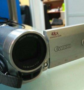 Видеокамера Canon FS100A