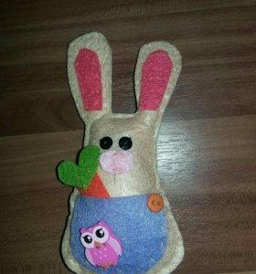 Маленьеие игрушки из фетра