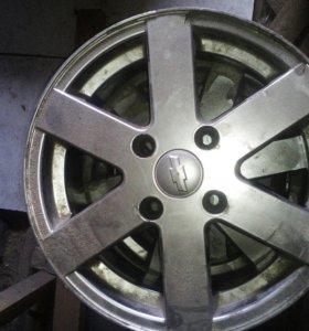 Литые диски на chevrolet lacetti (комплект 2000р.)