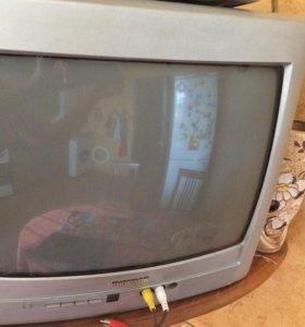 Небольшой телевизор Tomson