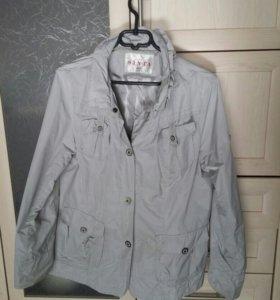 Куртка (ветровка) женская 54 размера