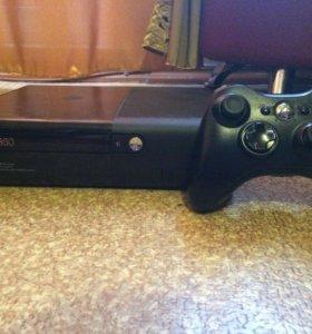 Xbox360E (500gb)