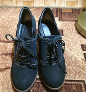 Продам туфли-ботильоны 37размер