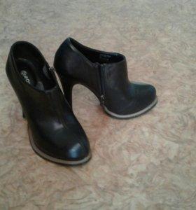 Туфли полуботинки