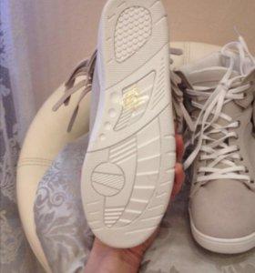 Ботинки vitacci новые