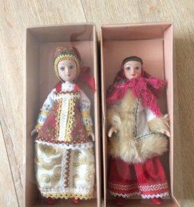 Фарфоровые куклы в народных костюмах