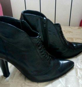 Ботинки, полуботинки 35 р-р, кожа