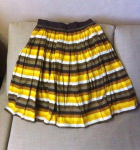 Яркая пышная юбка