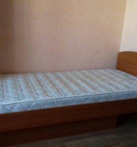 Односпальная кровать с матрасом!
