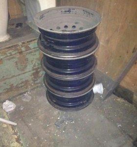 Штампованные диски R14/114.3 х 4