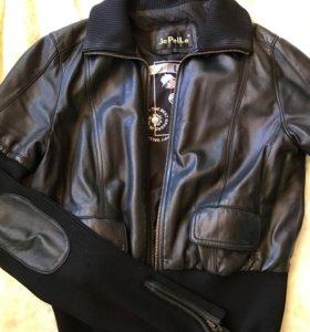 Кожаная куртка женская,Италия