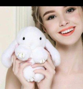 Брелок из меха кролика