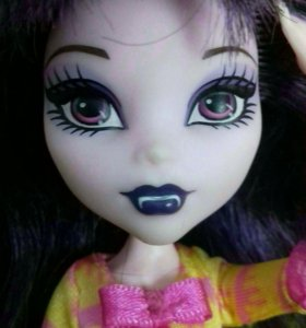 Кукла монстер хай . Элиссабат
