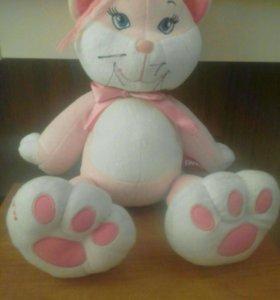 Розовая кошечка.