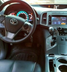 Автомобиль Тойота Венза