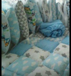 Бортики ,одеяло,простыня в кроватку