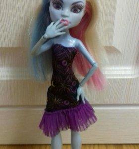 Кукла монстер хай. Эбби