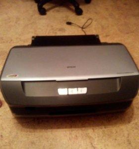 Цветной принтер Epson r270.