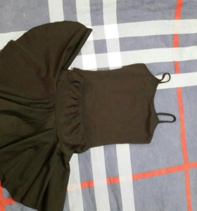 Купальник и юбка на 5-8лет