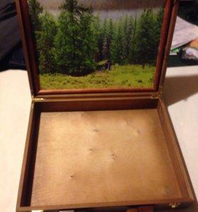 Деревянная шкатулка с картиной