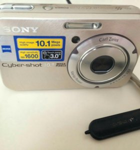 Цифровой фотооаппарат Sony