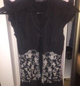 Рубашка чёрного цвета с белой вышивкой