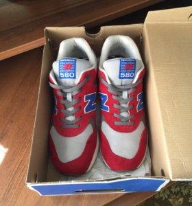 Кросовки красного цвета New Balance