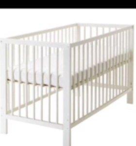 Кровать детская белая с матрасом